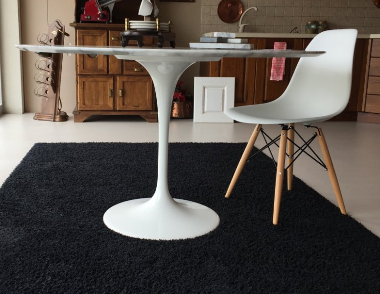 Offerta tavolo saarinen sedie ds for Sedie per tavolo tulip
