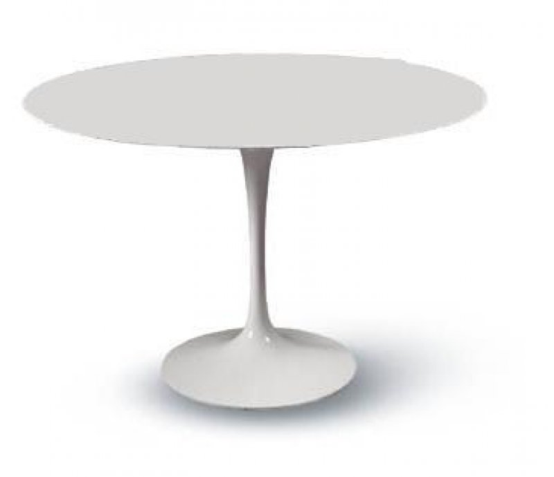 Tavolo tulip table eero saarinen for Tavoli di design famosi