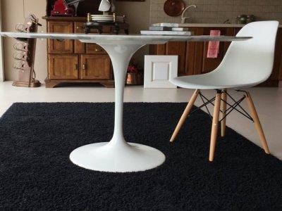 Tavolo Saarinen 100 / 107 /120  cm. + 4 sedie DSW C. Eames