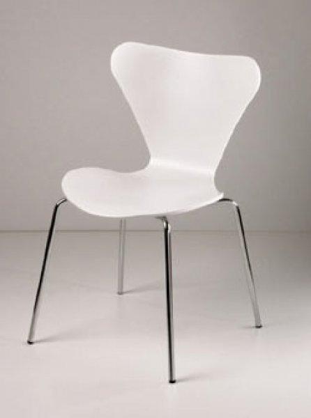 Tavolo Saarinen + sedia Jacobsen serie 7