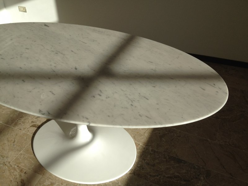 Tavolo tulip Table Eero Saarinen