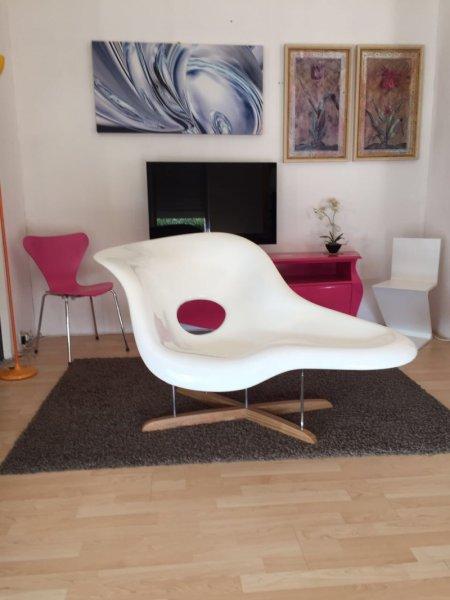 La chaise chrles eames for Mobili bauhaus repliche